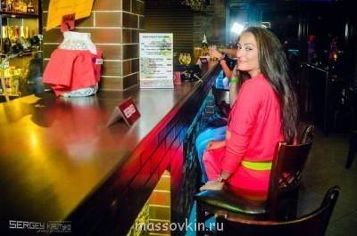 Женщина с неславянской внешностью - getImage (1).jpg