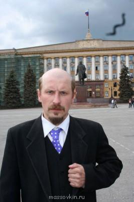 съёмка тиви-программы - у памятника ленину.jpg