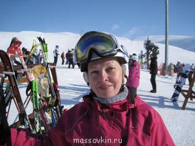 Кастинг директор ищет новые лица - ф лыжи.jpg