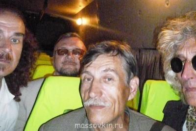 Василий, Валерий, Николай и Иван. - P1200651  от Ивана Петкова. Виолетта из Атамановки 08.2013.JPG