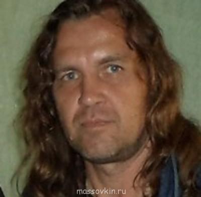 Виталий Катушенко В-ий , профессиональный актёр, музыкант - Я-13.05.12 г..jpg